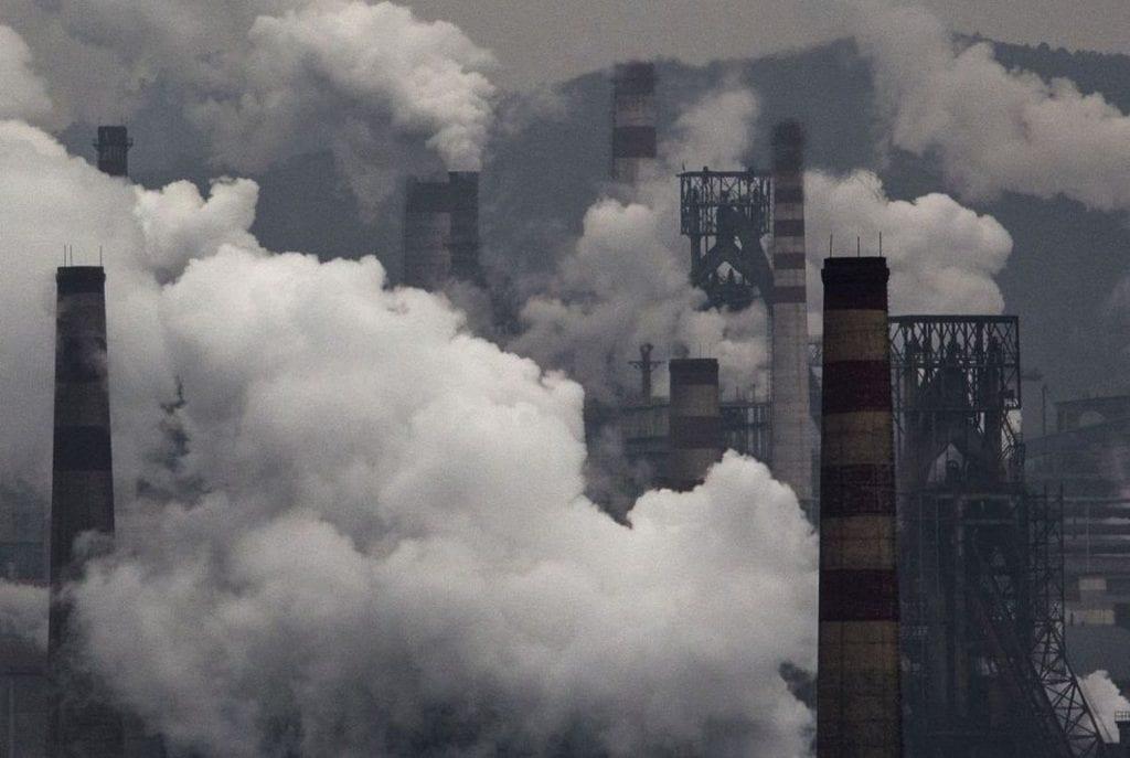 Plantas de generación de electricidad con carbón en Hebei, China.KEVIN FRAYER (GETTY IMAGES)